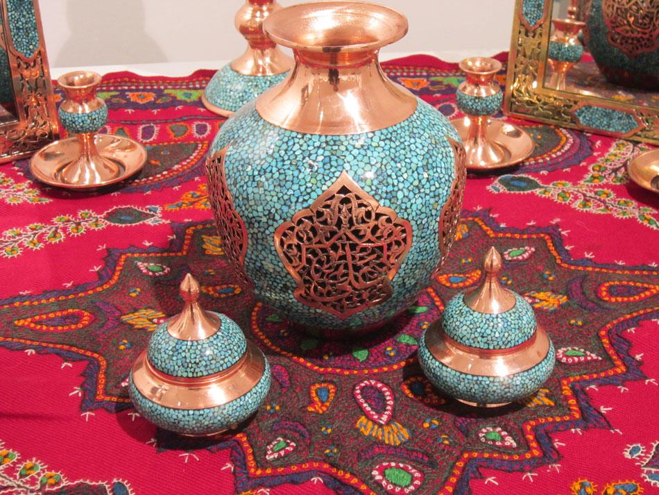 مهندس حسینی در بازدید نمایشگاه هنرهای دستی آفرینش