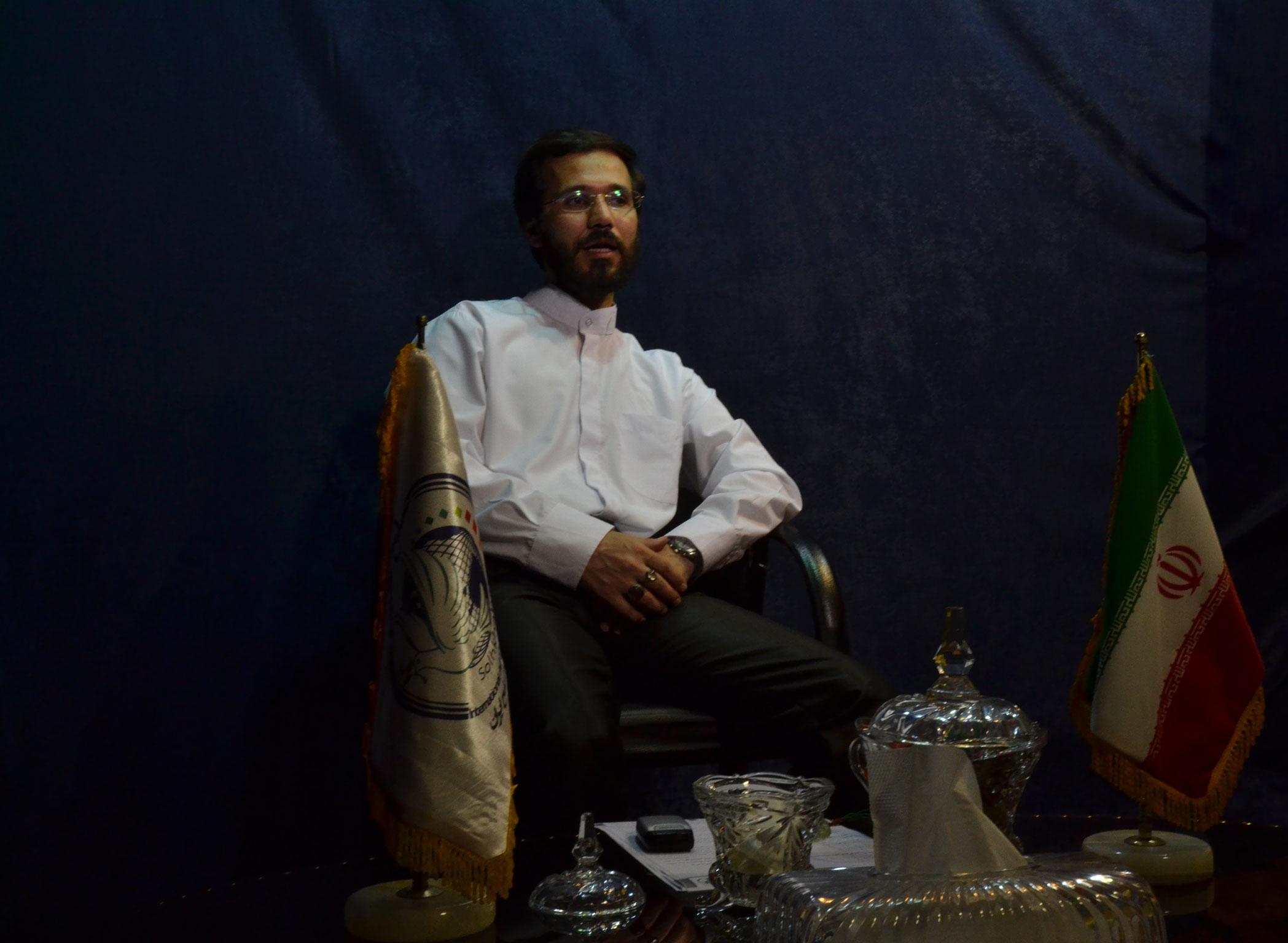 گفتگو خبرگزاری بین المللی صلح با مهندس حسینی
